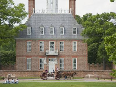 Governor's Palace, Colonial Architecture in Williamsburg, Virginia-Greg-Photographic Print