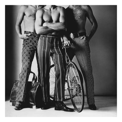 GQ - November 1971-Ken Haak-Premium Photographic Print