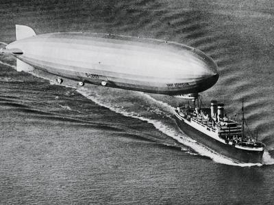 Graf Zeppelin Flying Above the S.S. New York--Photographic Print