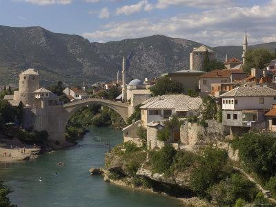 The New Old Bridge Over the Fast Flowing River Neretva, Mostar, Bosnia, Bosnia-Herzegovina, Europe