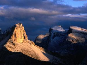 Punte Dei Scarperi on the Fiscaline Loop Walk, Dolomiti Di Sesto Natural Park, Italy by Grant Dixon