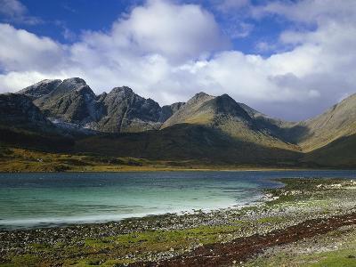 Great Britain, Scotland, Island Skye, Loch Slapin, Black Cuillins-Thonig-Photographic Print
