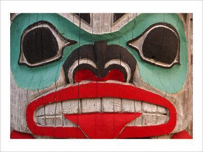 https://imgc.artprintimages.com/img/print/great-northwest-bear-totem_u-l-f2xi640.jpg?p=0