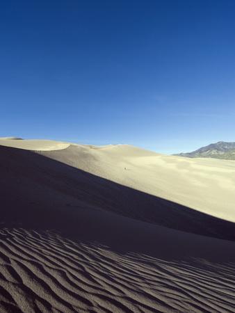 https://imgc.artprintimages.com/img/print/great-sand-dunes-national-park-colorado-usa_u-l-pfm77i0.jpg?p=0