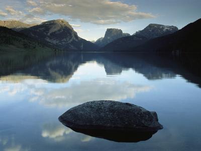 Green River Lake, Bridger-Teton National Forest, Pinedale, Wyoming-Raymond Gehman-Photographic Print