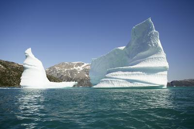 Greenland, Skjoldungen Fjord, Large Sculptural Icebergs with Scenic Snow Capped Mountains-Aliscia Young-Photographic Print