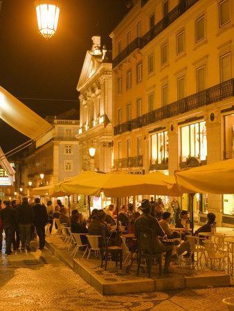 Diners in Chiado, Lisbon, Portugal