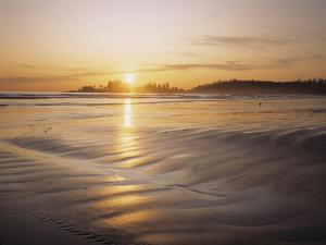 Sunset at Long Beach, Pacific Rim NP, Vancouver Island, B.C., Canada by Greg Probst