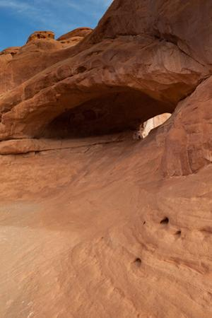 Eye Of The Whale Arch, Formed By Erosion Of Entrada Sandstone by Greg Winston