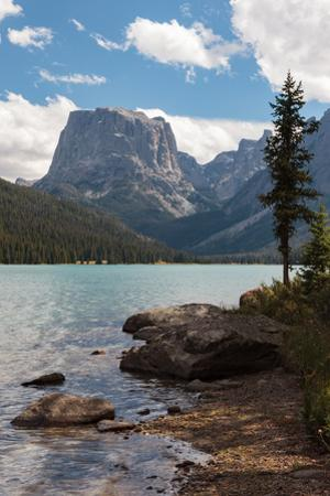 The Shore Of Upper Green River Lake And Square Top Mountain by Greg Winston