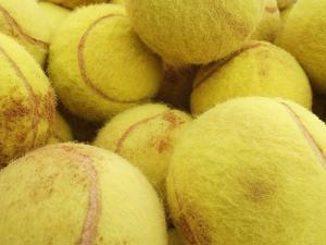 Tennis balls by Gregor Schuster
