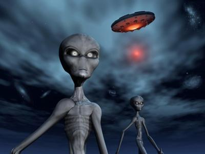 Grey Aliens and their Flying Saucer, Visiting Earth