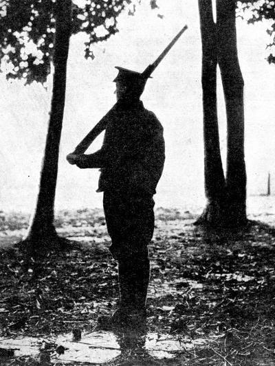 Grey Dawn on the Battlefield, British Cavalry, Belgian Frontier, First World War, 1914--Giclee Print