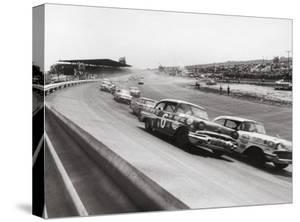 Dorlington 500 Stock Car Race by Grey Villet