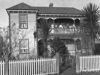 Griffin's Boarding House, Waipu--Photographic Print