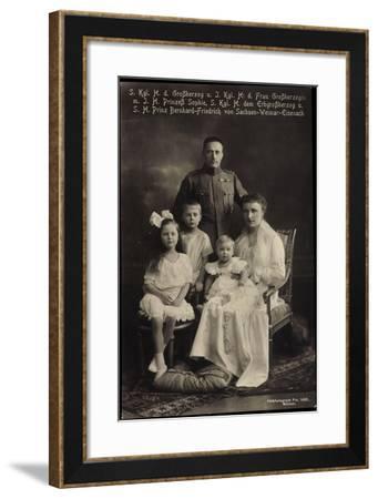 Großherzog Sachsen Weimar Eisenach Mit Familie--Framed Giclee Print