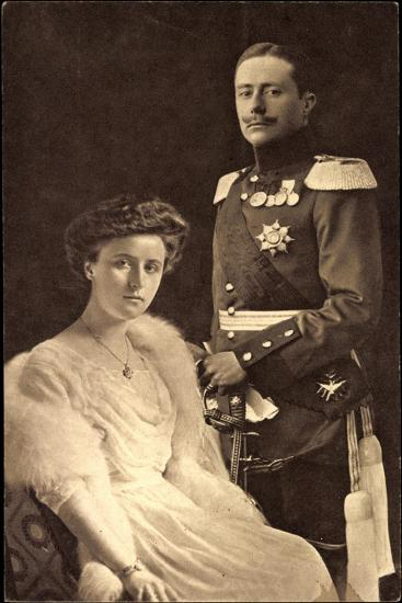 Großherzog Wilhelm Ernst, Großherzogin Feodora--Giclee Print
