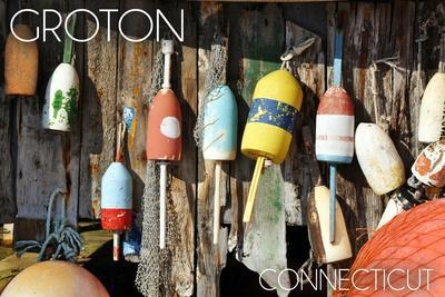 https://imgc.artprintimages.com/img/print/groton-connecticut-buoys_u-l-q1gqlpn0.jpg?p=0