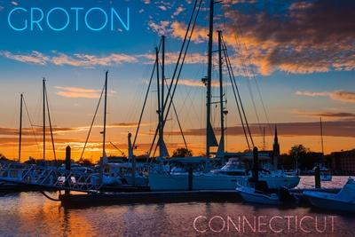 https://imgc.artprintimages.com/img/print/groton-connecticut-sailboats-at-sunset_u-l-q1gqlqf0.jpg?p=0