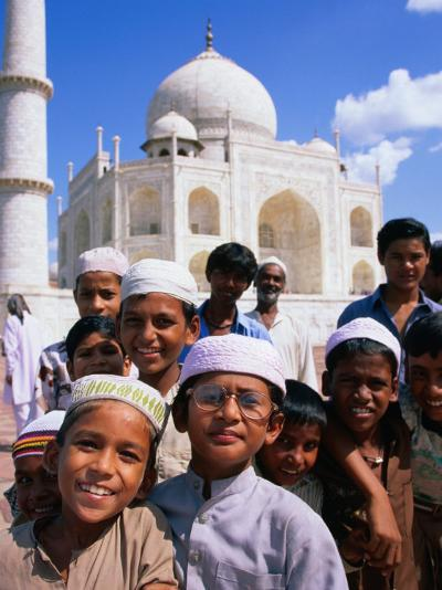 Group of Boys with Taj Mahal in Background, Looking at Camera, Agra, India-Paul Beinssen-Photographic Print