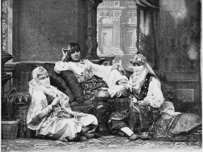 Group of Girls of the Harem, Port Said--Photographic Print