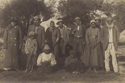 Group of Maori People--Photographic Print