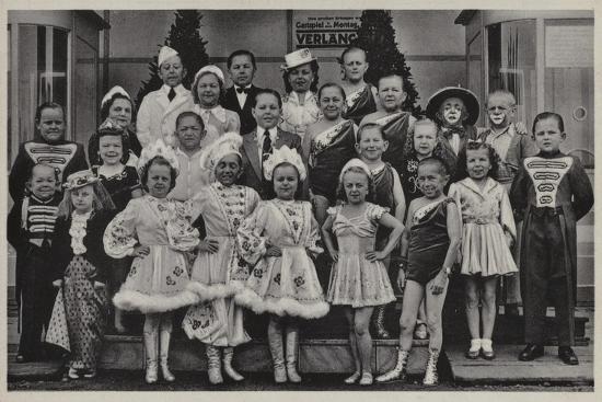 Group of Midgets--Giclee Print