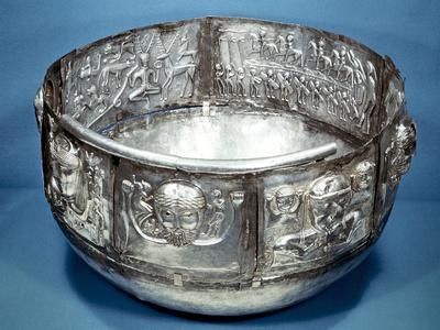 https://imgc.artprintimages.com/img/print/gundestrup-cauldron-celtic-ritual-vessel-2nd-century-bc_u-l-q10lwob0.jpg?p=0
