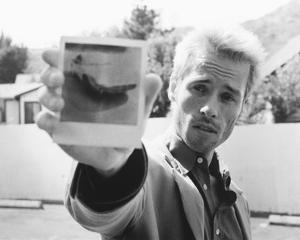 Guy Pearce, Memento (2000)