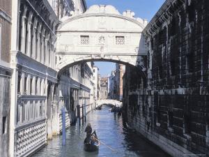 Bridge of Sighs, Venice, Veneto, Italy by Guy Thouvenin