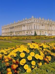 Chateau De Versailles, Ile De France, France, Europe by Guy Thouvenin