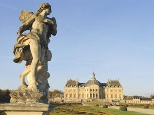 Chateau of Vaux Le Vicomte, Ile De France, France, Europe by Guy Thouvenin