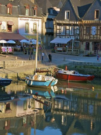River Loch and Harbour, St. Goustan, Auray, Brittany, France, Europe