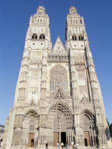 St. Gatien Cathedral, Tours, Centre, France by Guy Thouvenin