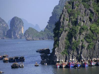 Ha Long (Ha-Long) Bay, Unesco World Heritage Site, Vietnam, Indochina, Southeast Asia-Charles Bowman-Photographic Print