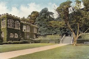 Haddon Hall and Steps