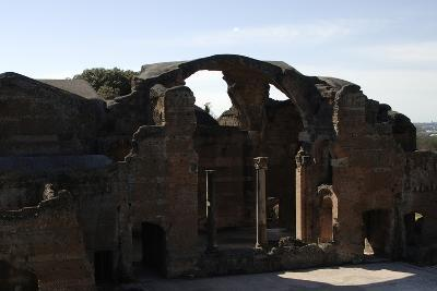 Hadrian's Villa, 2nd Century, Great Baths, Italy--Photographic Print