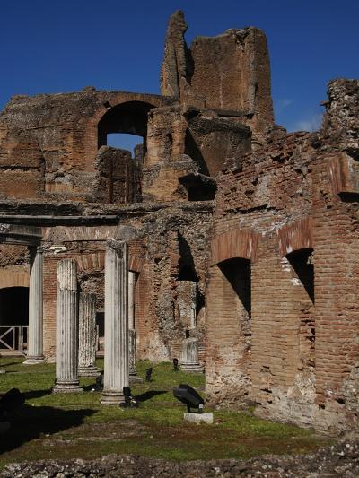 Hadrian's Villa. Maritime Theatre, Italy--Giclee Print
