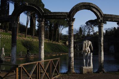 Hadrian's Villa, the Canopus, Statue, 2nd Century, Italy--Photographic Print