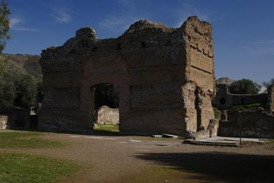 Hadrian's Villa, the Palace, 2nd Century, Italy--Photographic Print