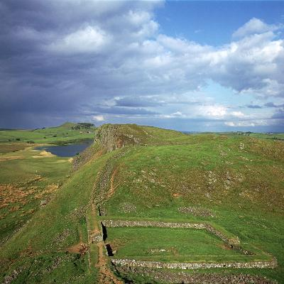 Hadrians Wall, Looking East to Milecastle, 2nd Century-CM Dixon-Photographic Print