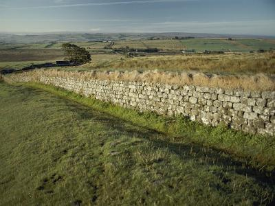 Hadrians Wall Looking East-Bill Curtsinger-Photographic Print
