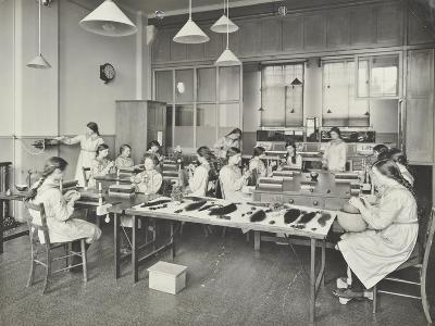 Hair Dressing Class, Barrett Street Trade School for Girls, London, 1915--Photographic Print