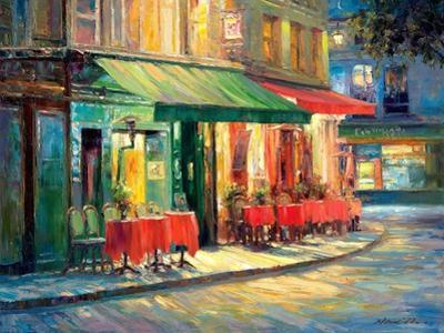 Red & Green Café by Haixia Liu