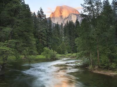 https://imgc.artprintimages.com/img/print/half-dome-with-sunset-over-merced-river-yosemite-california-usa_u-l-pxqq7m0.jpg?p=0