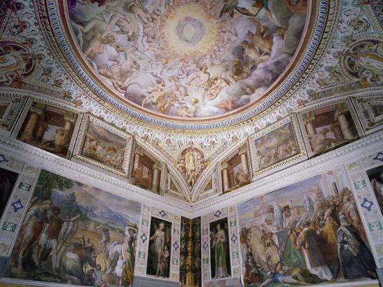 Hall of Angels, with Ceiling Frescoes-Giovanni De Vecchi-Giclee Print