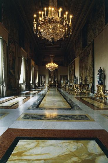 Hall of Augustus (Formerly Throne Room), Quirinal Palace, Rome, Lazio, Italy--Photographic Print