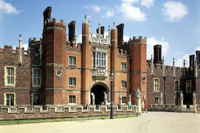 Hampton Court Palace in Spring14 and 1520--Photographic Print