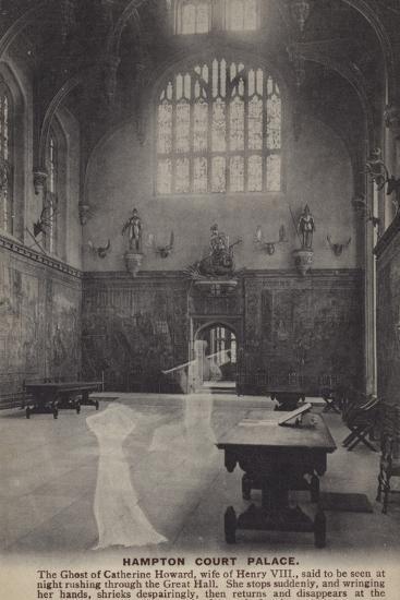 Hampton Court Palace--Photographic Print