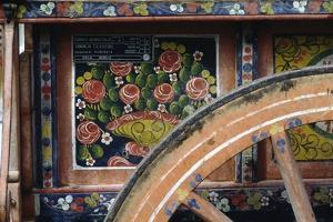Hand-Painted Farm Wagon, Marche, Italy, Detail
